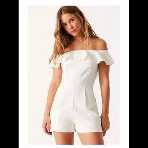 (URBAN OUTFITTERS OML OH MY LOVE  ROMPER sz L